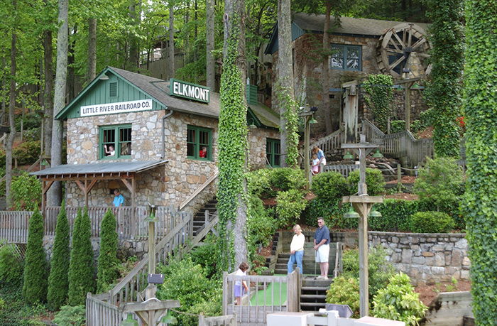 Fort Fun Entertainment Center in Smokies