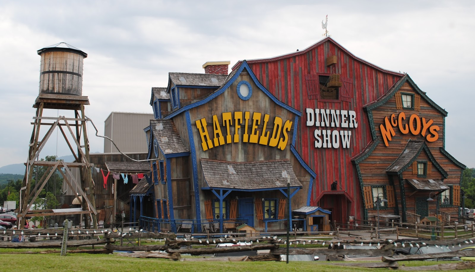 Hatfield McCoy dinner show Pigeon Forge.