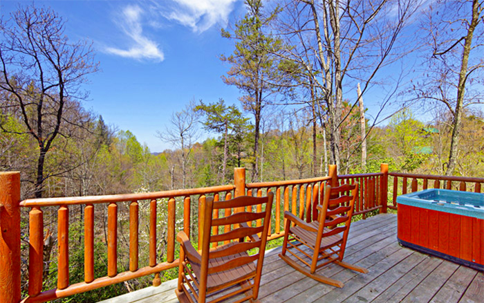 Cabins Between Pigeon Forge and Gatlinburg