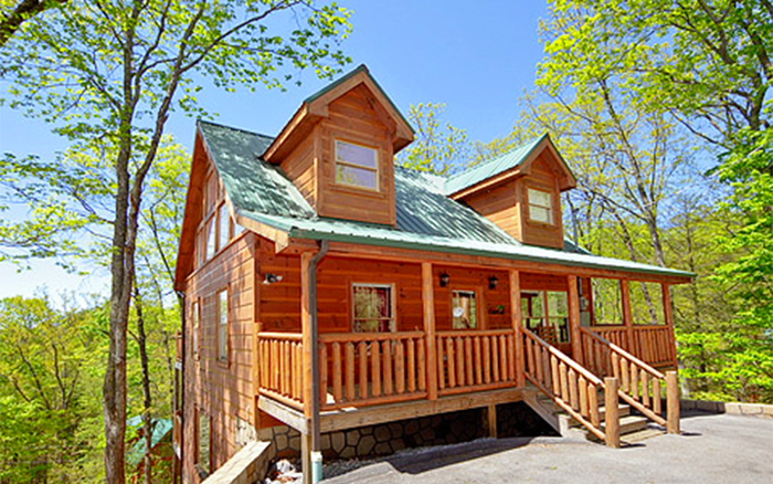 Cabins Close To Pigeon Forge and Gatlinburg