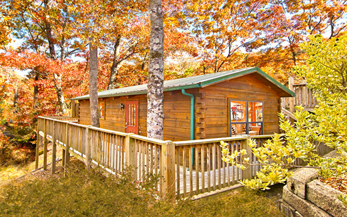 Cabin Near Tanger Outlet in Pigeon Forge, TN