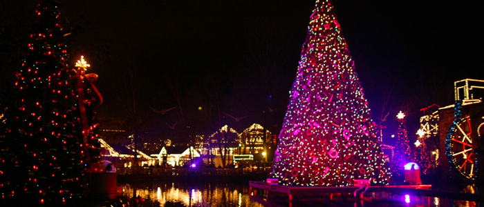 Christmas Light Show At Dollywood