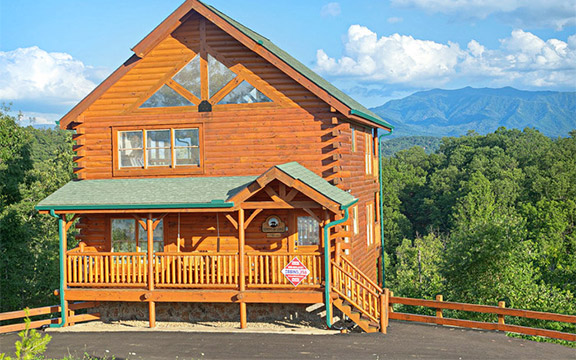 Pigeon Forge Vacation Must Do - Book a Log Cabin