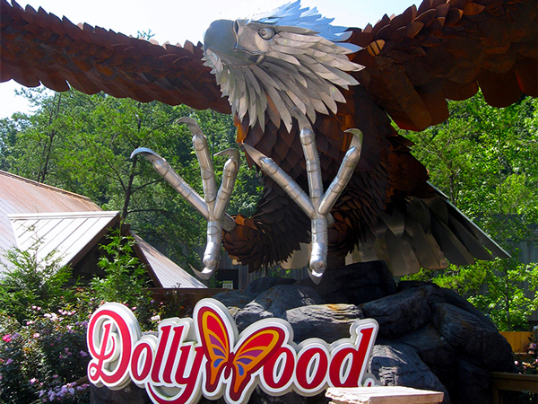 Wild Eagle Sculpture at Dollywood