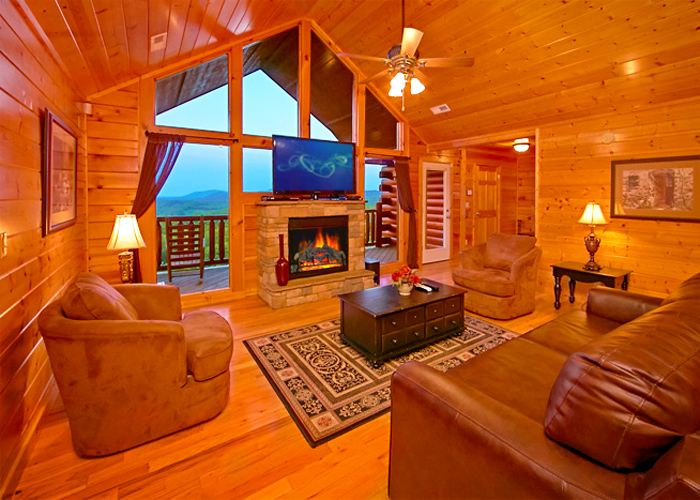 Large Cabin in Pigeon Forge