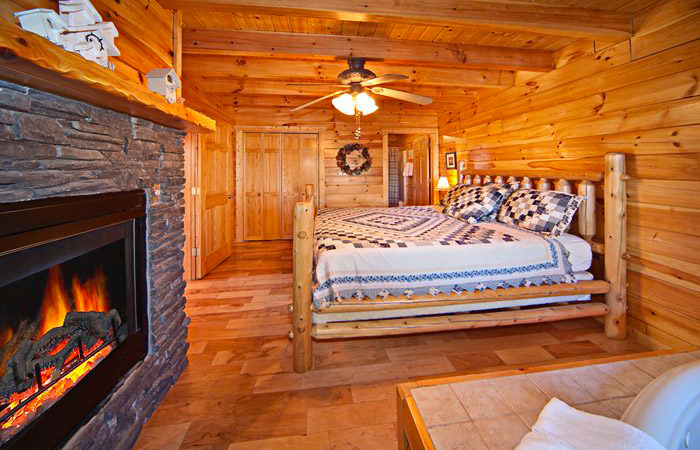 Cabin For Couples With Fireplace