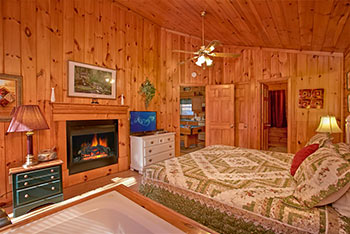 Enjoy a Romantic Smoky Mountain Getaway
