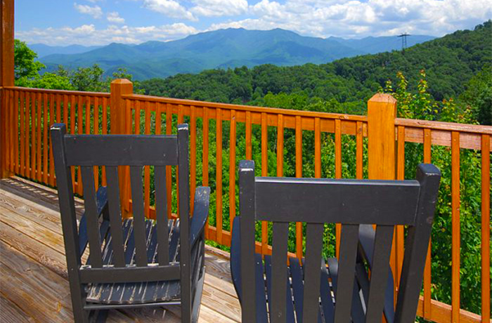 Beautiful Smoky Mountain Cabin in September