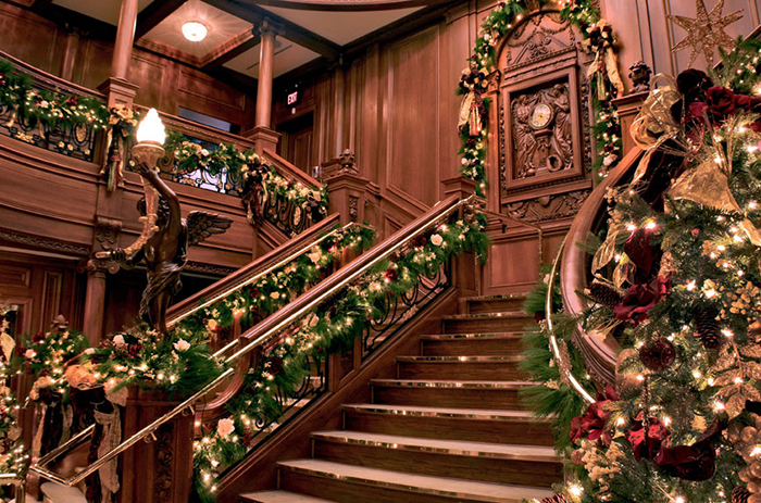 Christmas In The Smoky Mountains - Pigeon Forge Titanic