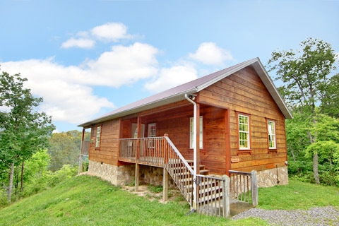 Smoky mountains wears valley cabin rental for Wears valley cabin rentals secluded